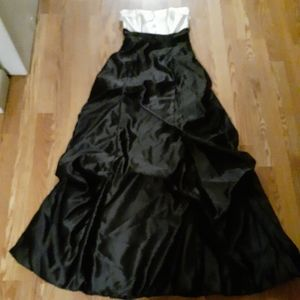Jessica Mclintock For Gunne Sax Formal Gown